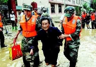青岛部队李自由师长